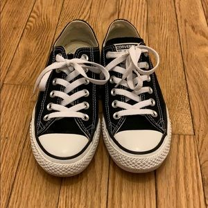 CLASSIC Chuck Taylor All Star Low Top